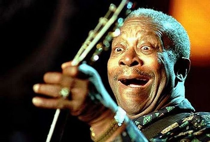bb king funny guitar face