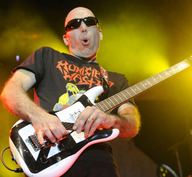 joe satriani funny guitar face